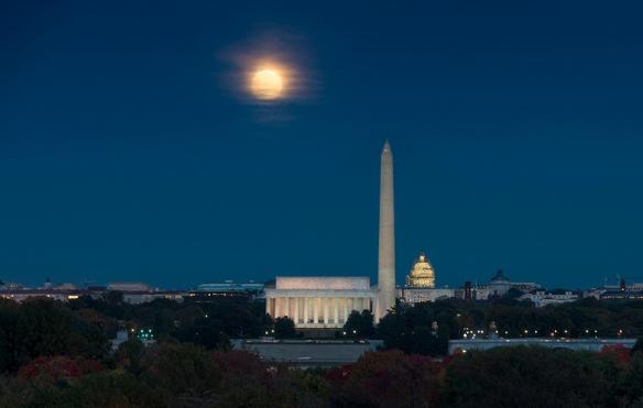 Oct 26 Moon