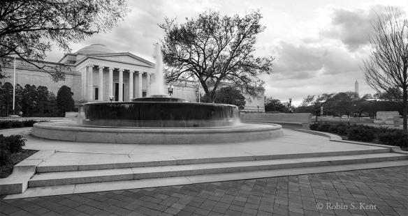 Mellon Memorial Fountain 05