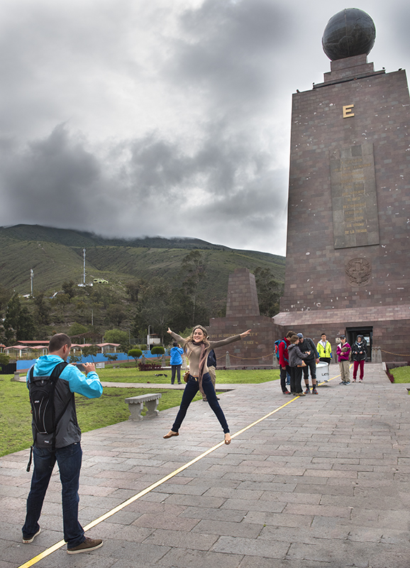 Ecuador Mitad del Mundo 03
