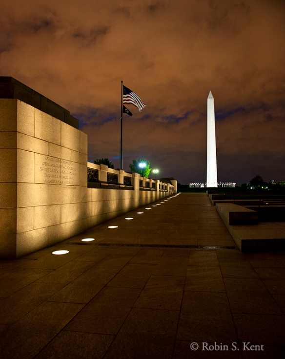 Low Light (WW II Mem) D-11-04-30 7062_63