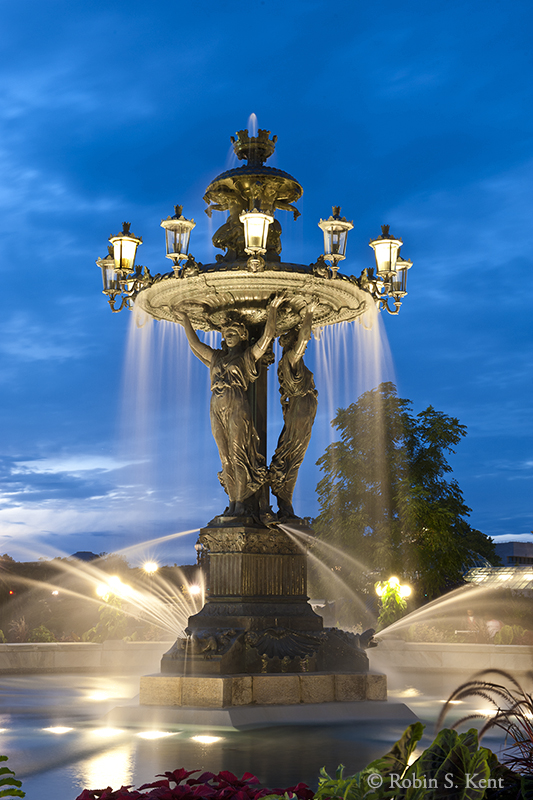 Low Light (Bartholdi)D-11-09-16-2649